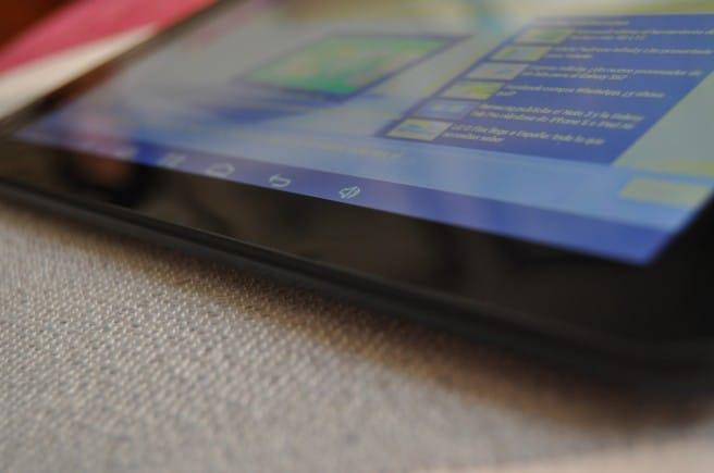 Tableta 4Q Z9 frontal