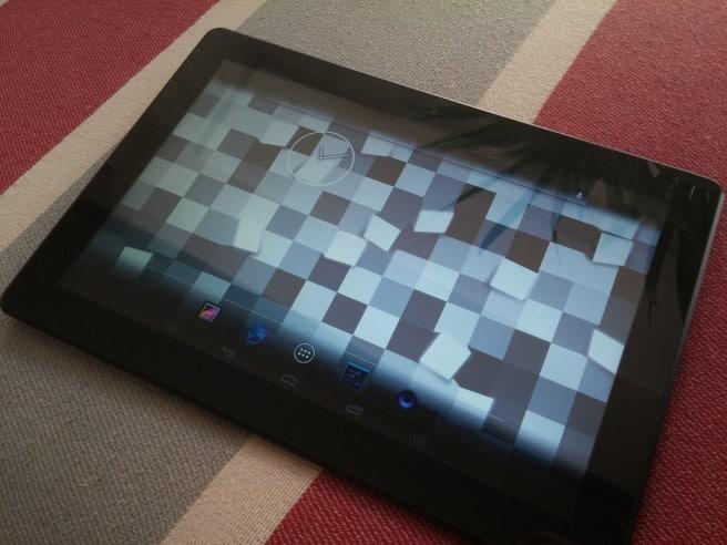 Szenio 13.3 frontal analisis tablet