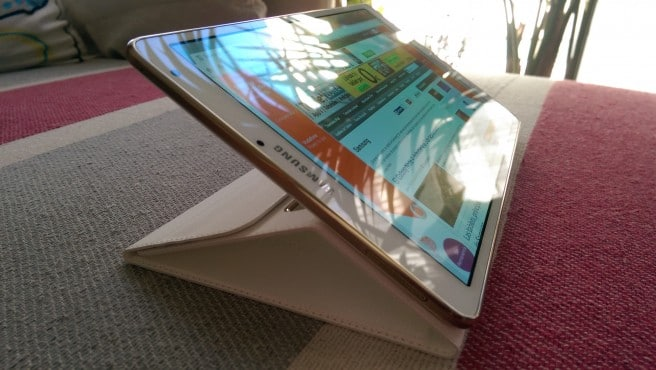 Galaxy Tab S 8.4 Book Cover soporte