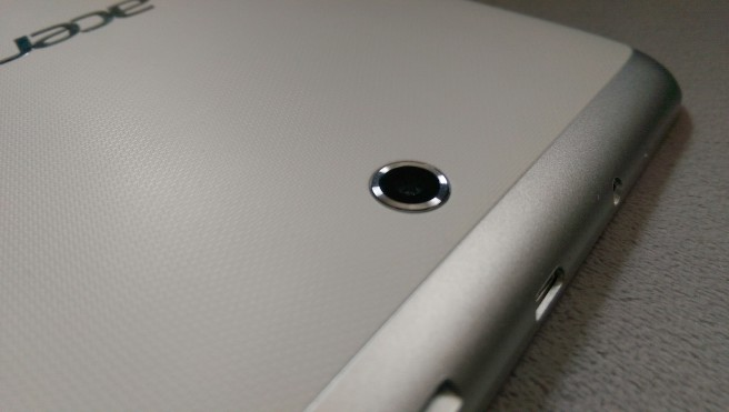 Tablet Acer Iconia parte trasera
