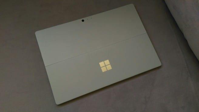 Tablet Surface Windows 10 cubierta trasera