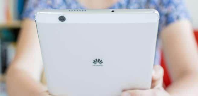 Tablet Huawei MediaPad M3 unboxing