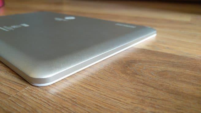 Tablet Android SPC Heaven 10.1 perfil izquierdo