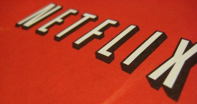 Logo de Netflix con fondo rojo